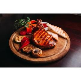 Челагач свиной фаршированный томатами и моцареллой